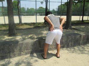 腰痛の症状により、体を動かせた方が治りの早い場合とは?